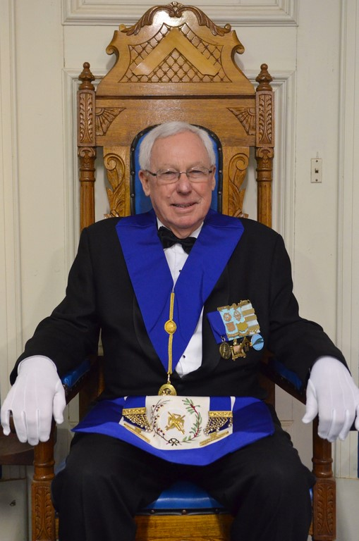 VM Master Lauder Coomber in the Masters Chair that his Great Great Grandfather sat in